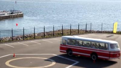 Змейка на автобусе ЛАЗ 695 Н