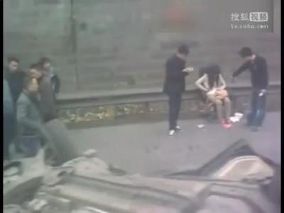 Это Китай - жестокий, беспощадный