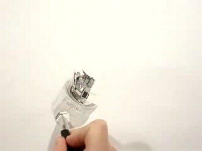 карандаш в руках мастера