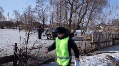Уроды малолетние угнали машину и сбили ребенка