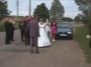 прикол на свадьбе падение