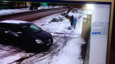 Сбили женщину в 11:45 на ул. Гуртьева.