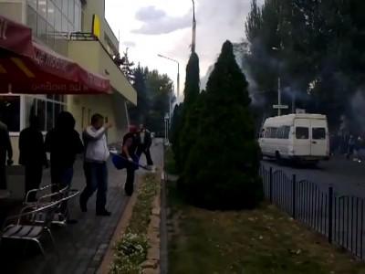 """Столкновение фанатов """"Металлурга"""" и """"Севастополя"""""""