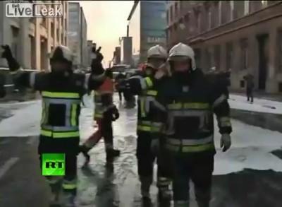 Пожарные против полицейских!!!!!!!!
