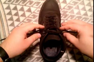Как быстро завязать шнурки !