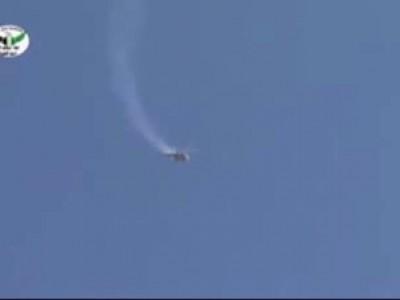 Сирийские повстанцы уничтожили вертолет