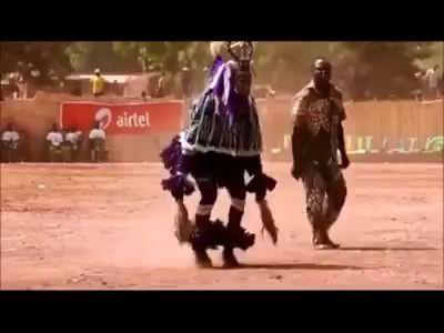 Танцор техно