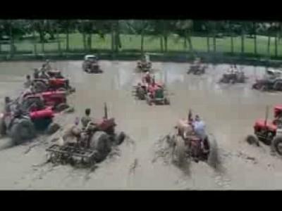 Битва на тракторах
