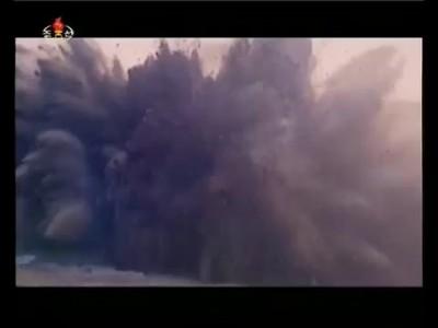 На строительстве водного пути в провинции Южная Хванхэ (КНДР)