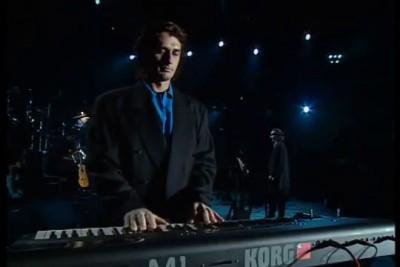 Mike Oldfield -- Sentinel Tubular Bells II [[ Official Live Video ]] HD At Edinburgh Castle