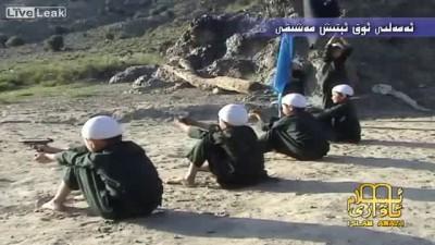 Как воспитывают детей в лагере террористов