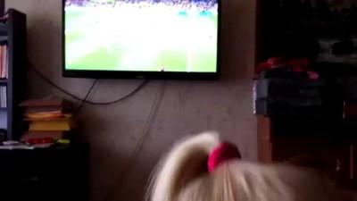 Как правильно смотреть футбол