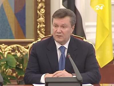 Янукович забыл про елку