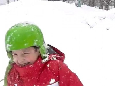 снежком в голову