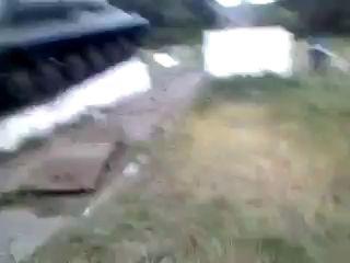 Ополчение заводит танк