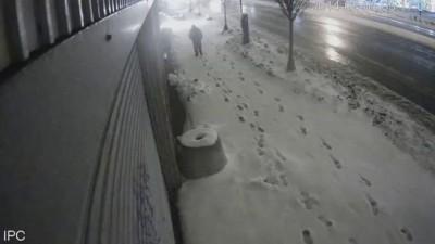 Парня засыпало снегом ч.2