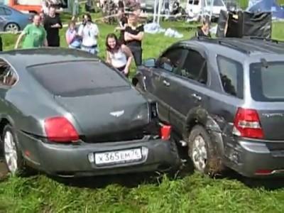 Водитель и Бентли на АЭ 2010