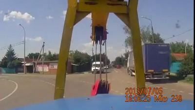 ДТП в Краснодаре. Кран и маршрутка. Авария / Car crash