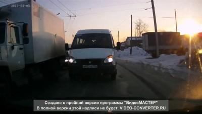 Газель на встречной - ДТП в Новосибирске