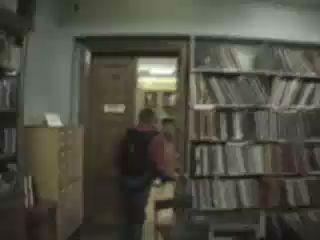 Прыжок из библиотеки МГУ