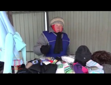 Мужчина попался при краже носков на рынке