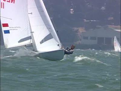 Захватывающая гонка на яхтах