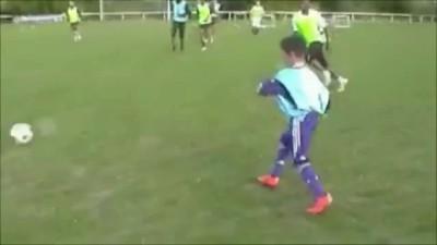 futura-promesa-futbol-nino-messi-ronaldo