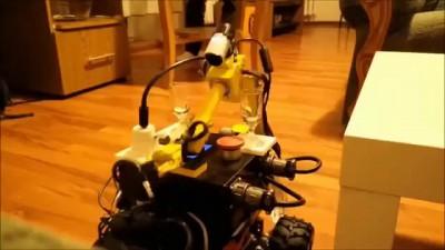 The robot bartender / Робот-бармен