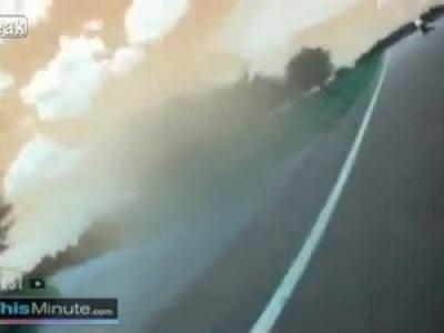 Мото авария - врезался в автоприцеп ...