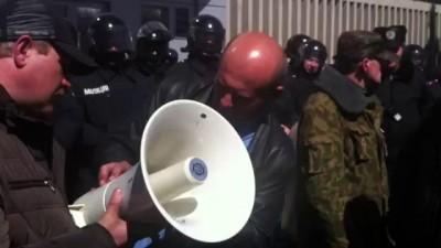 Русская весна Луганск. СБУ похищает активистов. 05.04.2014