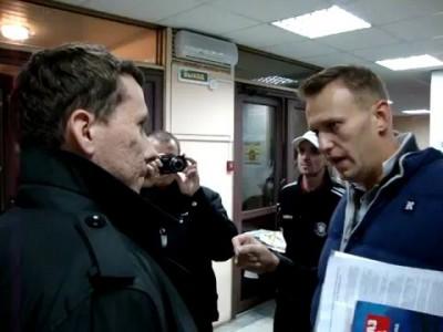 Навальный отвечает нашистам
