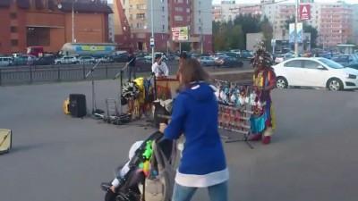 Индейцы в городе (2)