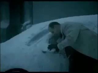 откопал от снега не свою машину. Лох призвание