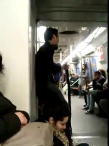 Музыканты в метро 2