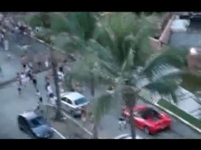 Бразильские дети vs Ferrari