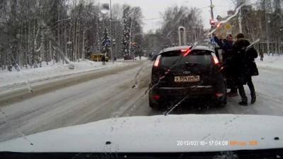 Веселые люди в Ханты-Мансийске