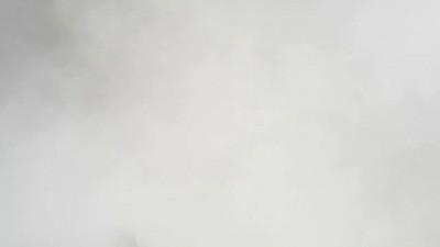 Украинские _патриоты_, разбили Российскую АЗС в Киеве - YouTube [720p]