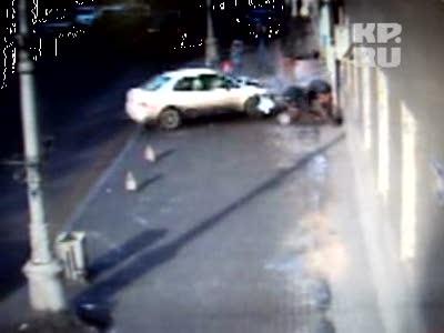 Девушка сбила двух пешеходов в Иркутске