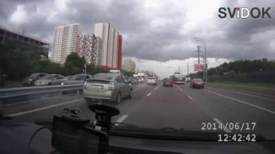Не пропустила пешехода