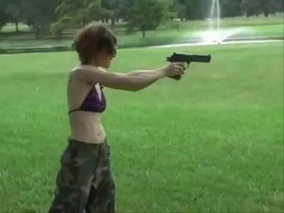 Девушки и Оружие (Girls & Guns)