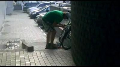 Не удалось украсть велосипед за 60 секунд
