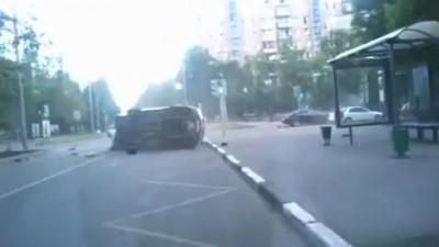 Авария BMW со скорой