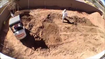 Строительство бассейна за 3 минуты.