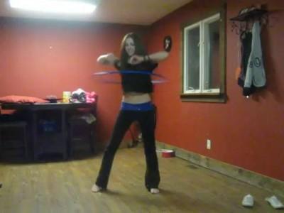 Танец с обручем