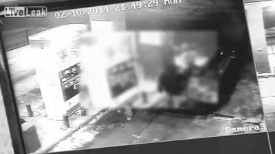 коп застрелил грабителя