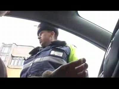 Общение с инспектором по поводу тонировки авто