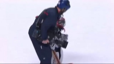 Referee Carries Kid Across Ice to the Net During Intermission Scrimmage (1/14/14)