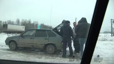 Задержание машины с поддельным алкоголем под Богдановичем