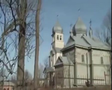Тягнибок и его команда громят церковь