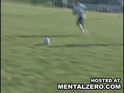 Женский футбол, неспортивное поведение